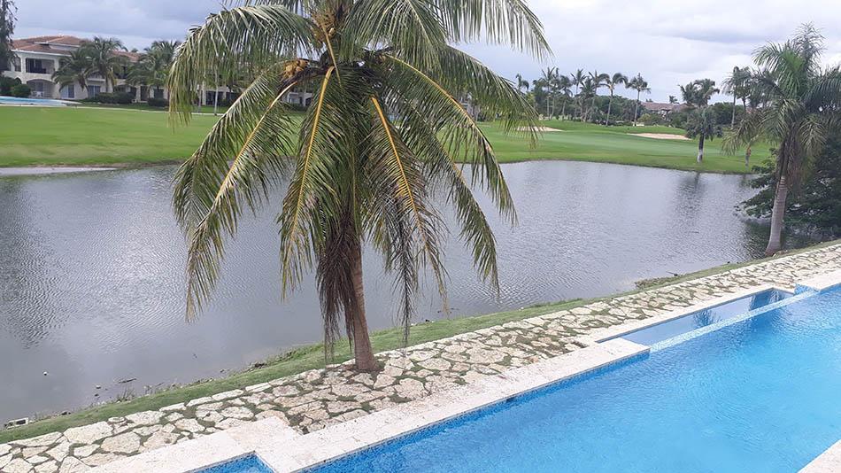Cana Pearl Condo Pool