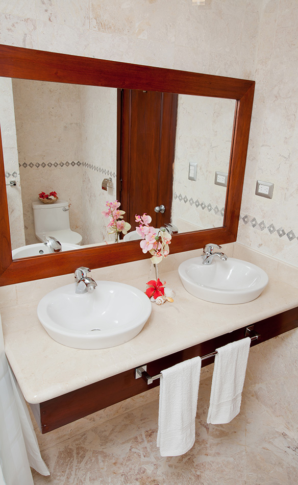 Punta Blanca Bathroom